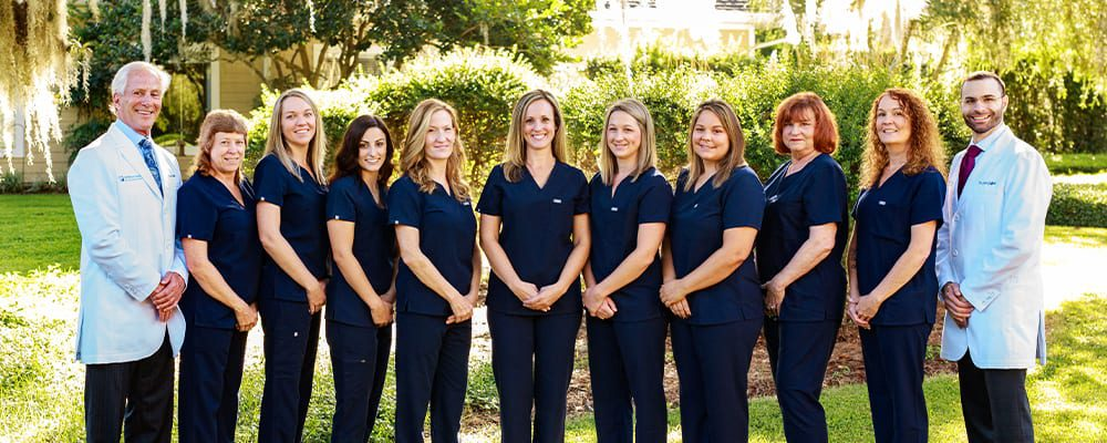 Central_Florida_Oral_Surgery_About-Page_Full staff photo