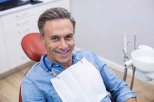 Dental-Implant-Recovery-768x512
